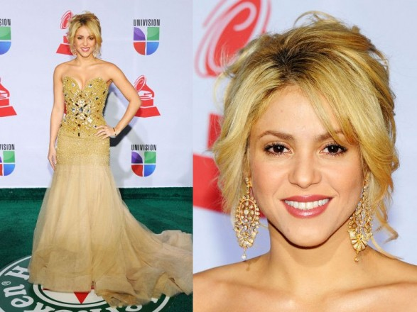 Shakira's look at the Latin Grammys